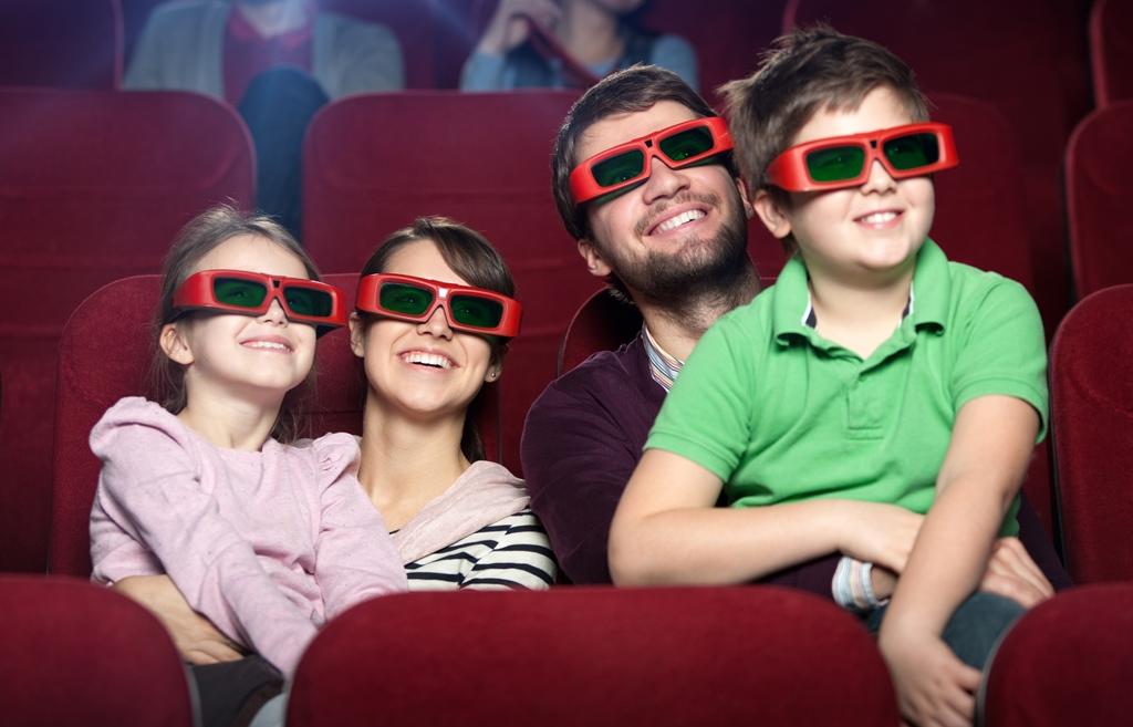 El cine, un medio para llevar nuestro mensaje a los niños y la comunidad