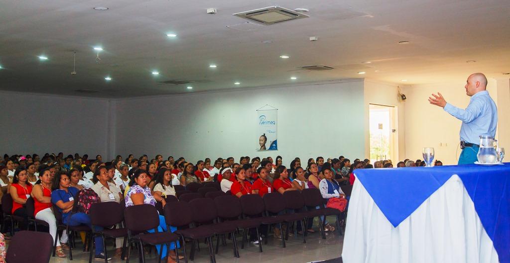 II Simposio Nacional de Crianza y Salud cumplió su propósito: ¡Por una familia feliz!