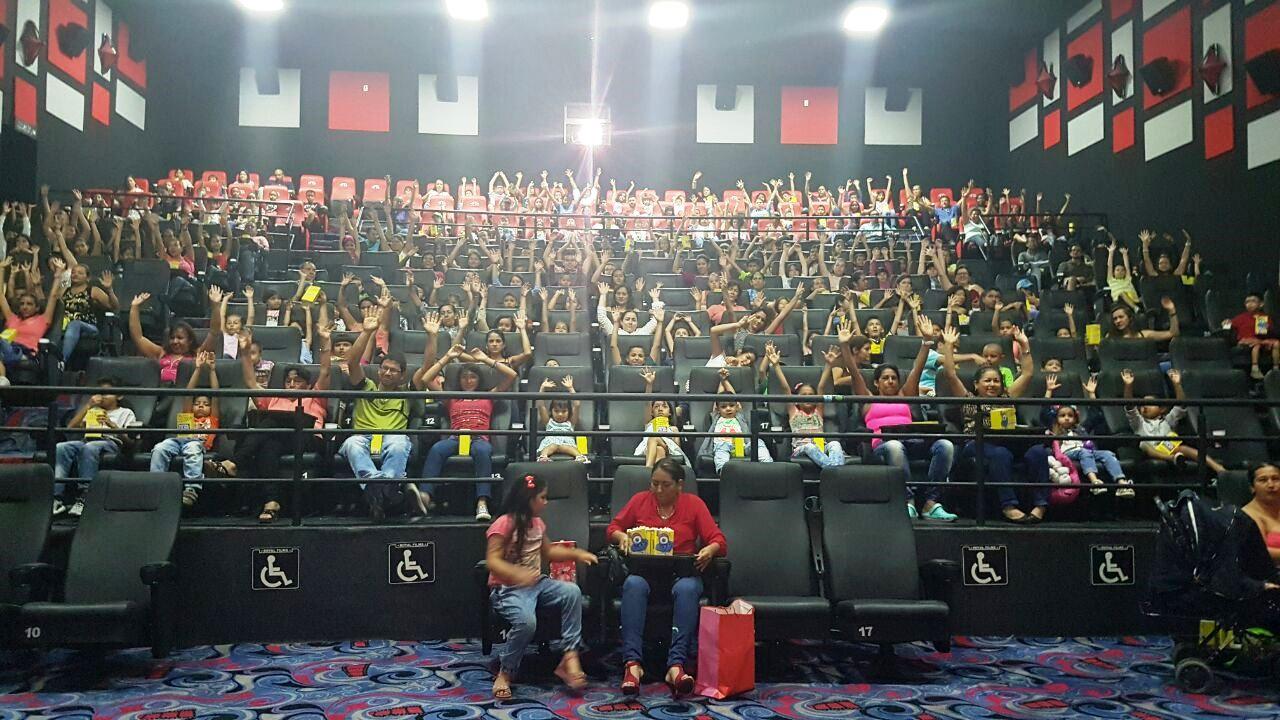 Familias tolimenses disfrutaron y aprendieron con la jornada 'Hábitos de Película' en Ibagué